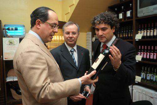 Visita la Cantina del Salento, Ministro de Castro e vino Vecchia Torre